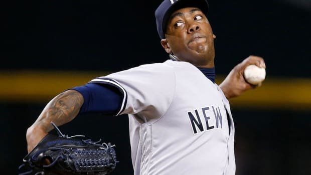 Aroldis Chapman signs 5-year, $86 million deal with Yankees  IMAGE