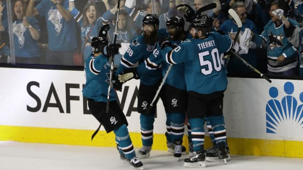 Sharks take Game 3 in OT, cutting series deficit to 2-1--IMAGE