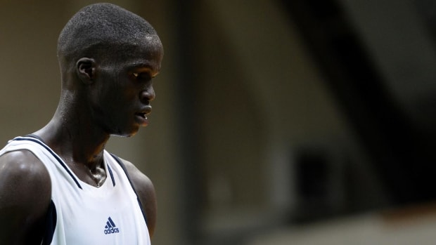 Top prep prospect Thon Maker to apply to enter NBA draft- IMAGE