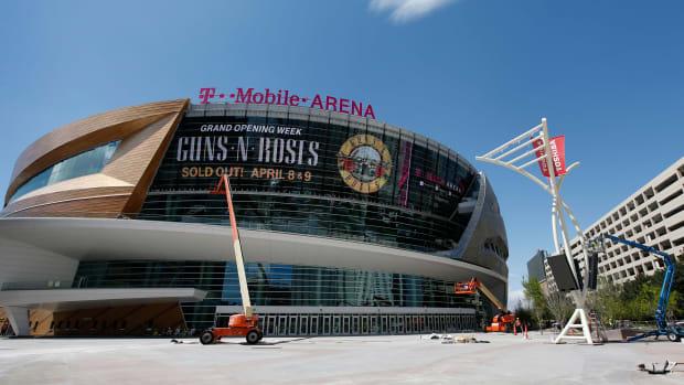 la-kings-preseason-las-vegas-t-mobile-arena.jpg