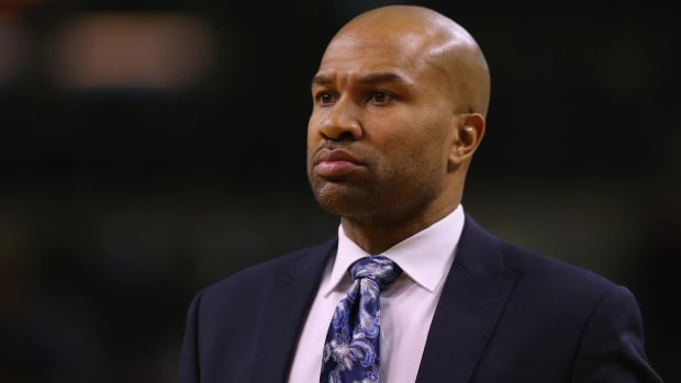 Report: New York Knicks fire head coach Derek Fisher - IMAGE