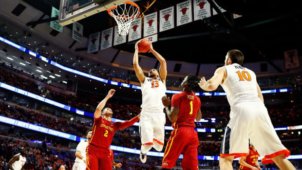 Virginia holds off Iowa State to advance to Elite Eight -- IMAGE