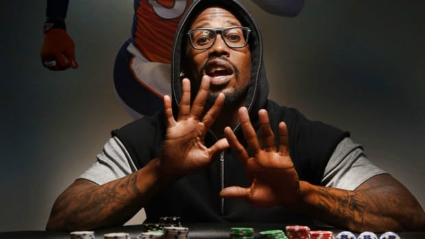 von-miller-poker-table-lead.jpg