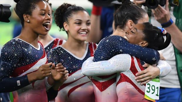 usa-women-gymnastics-win-gold.jpg