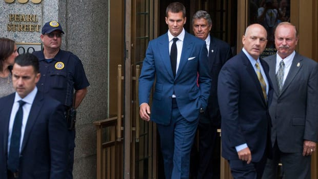 Tom Brady accepts four-game suspension for Deflategate -- NFL