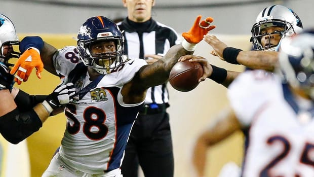 Von Miller and defense lead Broncos to Super Bowl 50 win IMAGE