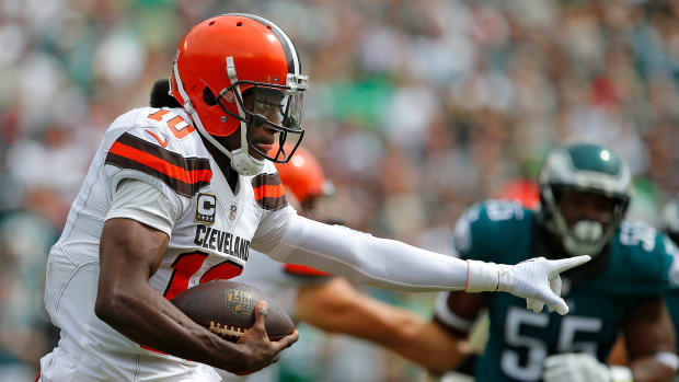 browns-robert-griffin-iii-shoulder-injury-update.jpg