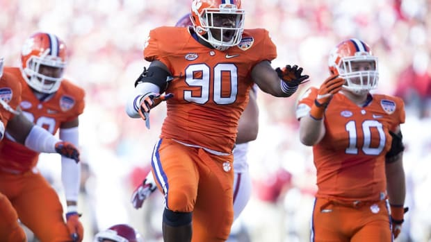 With or without star defensive lineman Shaq Lawson, Clemson's defense proves it's one of the nation's finest