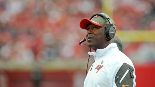 Tampa Bay Buccaneers fire head coach Lovie Smith - IMAGE