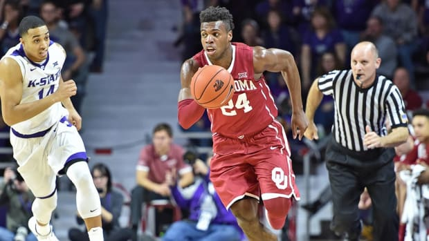 Hoop Thoughts: Buddy Hield, Denzel Valentine dominate Wooden Award conversation in Year of the Senior