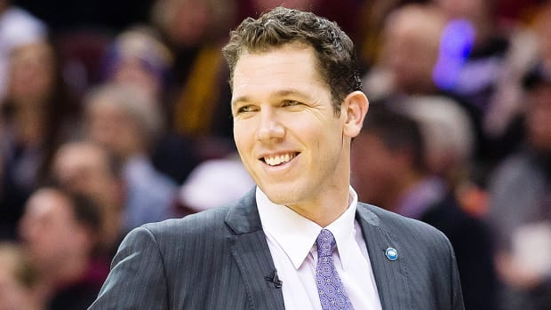 luke-walton-lakers-head-coach-golden-state-warriors.jpg