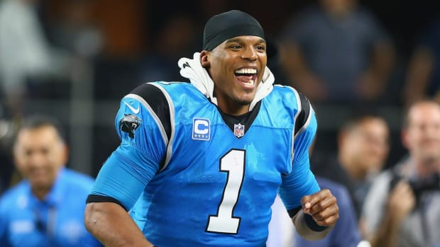 Cam Newton grants Christmas wish for young Auburn fan battling heart condition - IMAGE