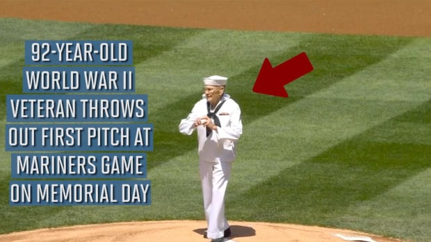 92-year-old veteran throws out Mariners first pitch - IMAGE