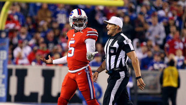 Bills' Tyrod Taylor on removal from game: Officials said I looked 'woozy' - IMAGE
