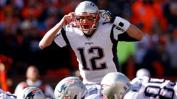 tom-brady-contract-extension-patriots.jpg