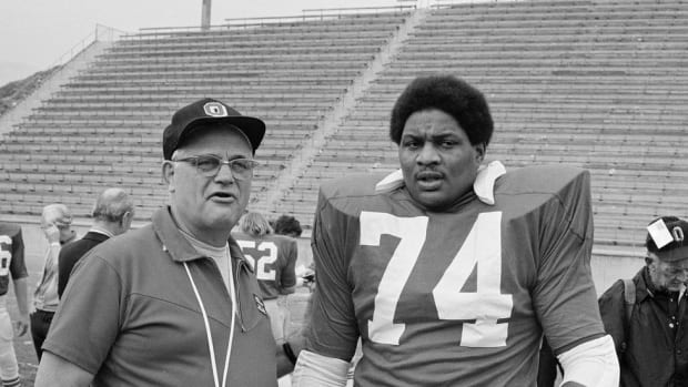 "From ""The Rivalry"" Comes A Bond: Michigan's Bob Thornbladh on his friendship with late Ohio State legend John Hicks"