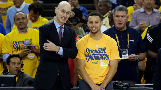 Adam Silver to Stephen Curry: 'My bad' for missing handshake -- IMAGE