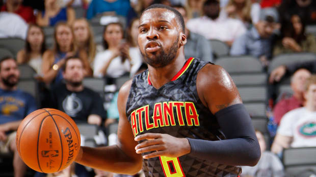 nba-trade-deadline-shelvin-mack-utah-jazz-atlanta-hawks.jpg