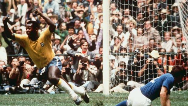 1970-Pele-FIFA-World-Cup-Final.jpg