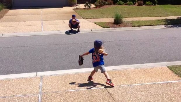 Mustard Minute: 5-year old Mini Thor pitches like Noah Syndergaard IMG