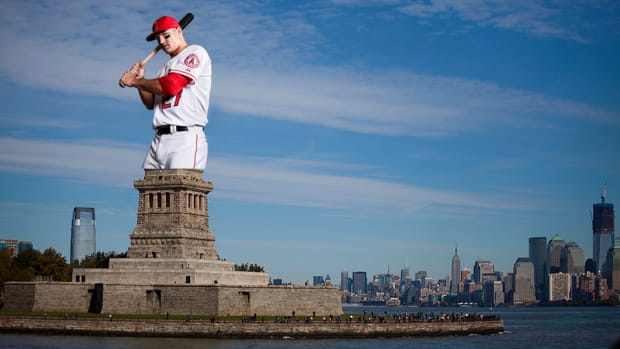 mike-trout-trade-proposal-statue-of-liberty.jpg