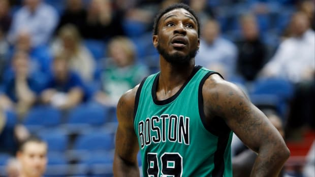 boston-celtics-jae-crowder-ankle-sprain.jpg