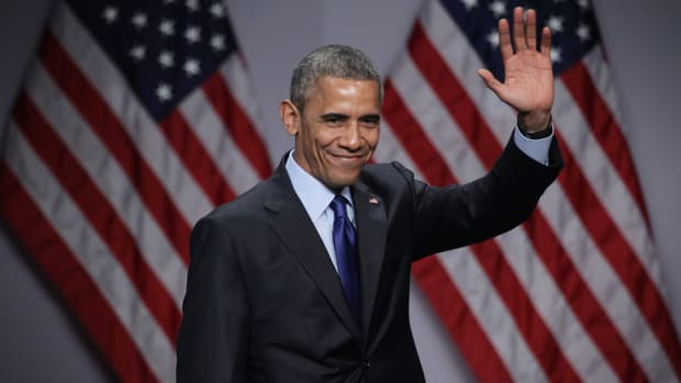president-obama-picks-kansas-ncaa-tournament.jpg
