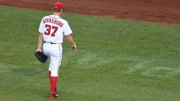 Stephen Strasburg placed on 15 day DL with elbow soreness - IMAGE