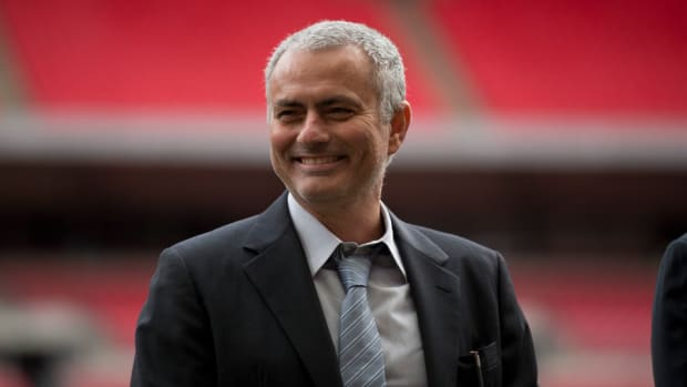 jose-mourinho-manchester-united-talks-premier-league.jpg