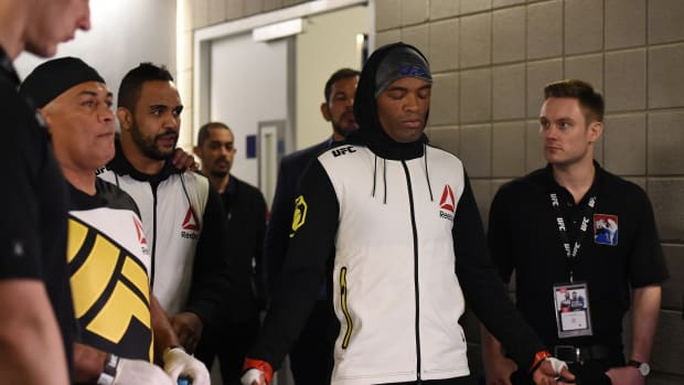 Anderson Silva walk to Michael Bisping fight
