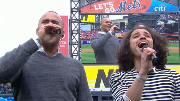 hamilton-cast-members-metshillies-national-anthem-video.jpg
