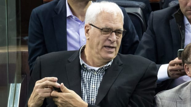 phil-jackson-lebron-james-posse.jpg