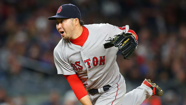 marlins-sign-free-agent-junichi-tazawa.jpg