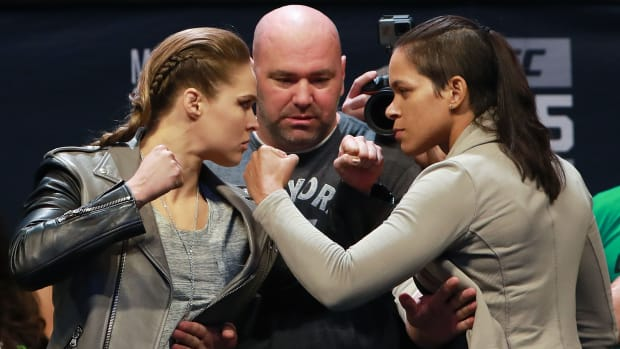 ronda-rousey-weigh-in.jpg