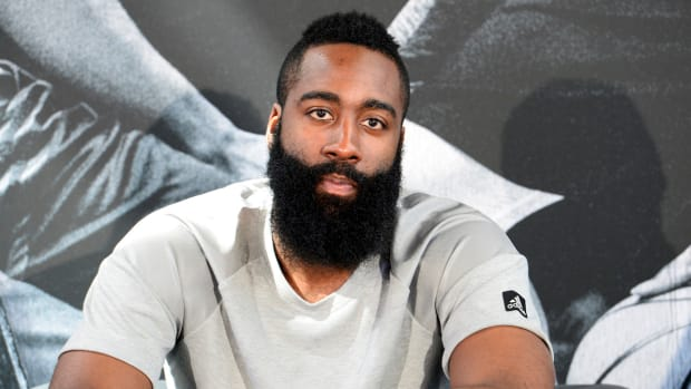james-harden-1-signature-shoe-adidas-triple-black.jpg