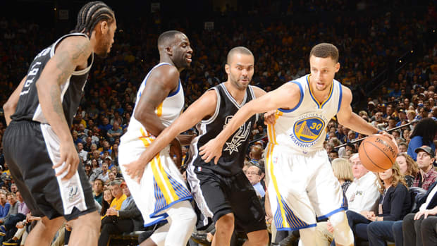 stephen-curry-golden-state-warriors-san-antonio-spurs-70th-win.jpg