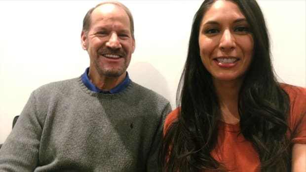 Extra Mustard Minute Selfie Interview: Former Steelers Head Coach Bill Cowher -- IMAGE