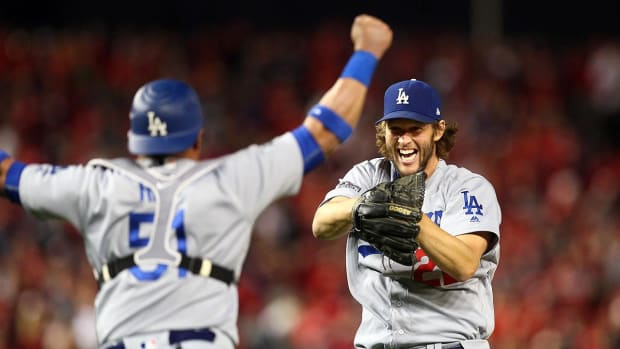 Clayton Kershaw gets save, LA tops Nats 4-3 to advance to NLCS - IMAGE