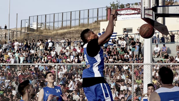 giannis-antetokounmpo-greece-streetball.jpg