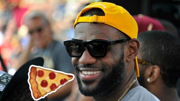 lebron-james-pizza-order-facebook.jpg