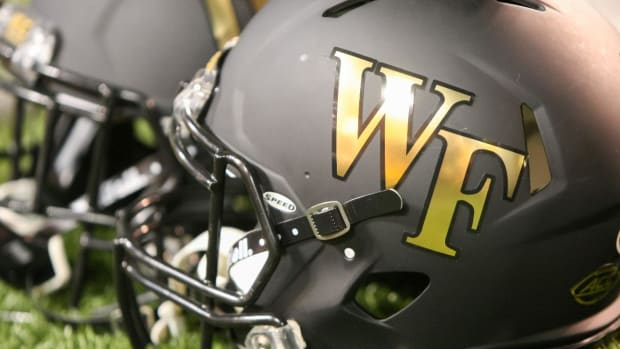 Wake Forest radio announcer fired for leaking gameplans to opponents - IMAGE
