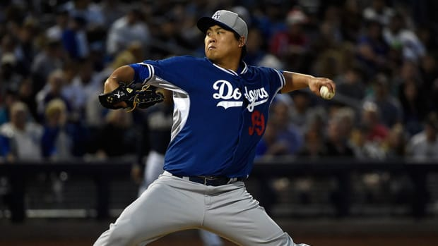 hyun-jin-ryu-dodgers-fantasy-baseball-waivers.jpg