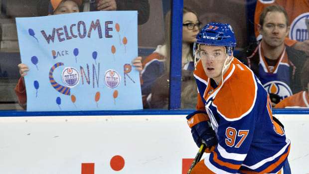 video-edmonton-oilers-connor-mcdavid-scores-first-game-back.jpg
