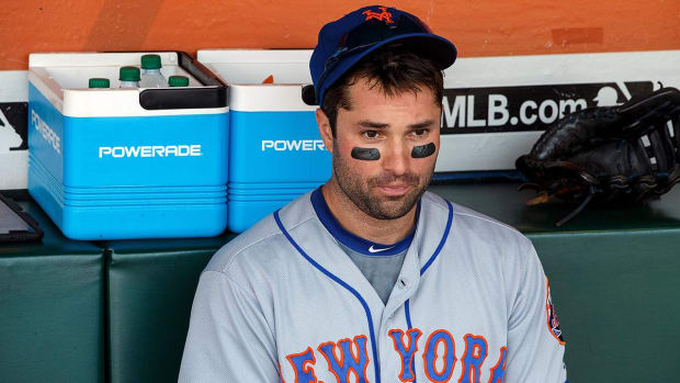Mets 2B Neil Walker out for season, likely to have back surgery -- IMAGE