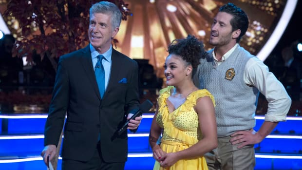 laurie-hernandez-wins-dancing-with-the-stars.jpg