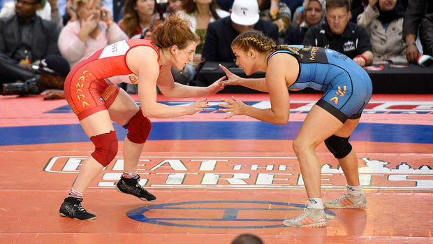 helen-maroulis-wrestling-beat-the-streets.jpg