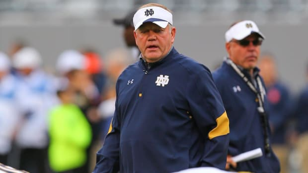Report: Brian Kelly to return to Notre Dame in 2017--IMAGE