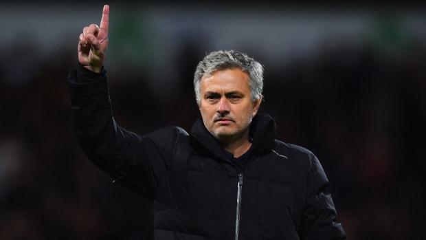 jose-mourinho-manchester-united-hired.jpg