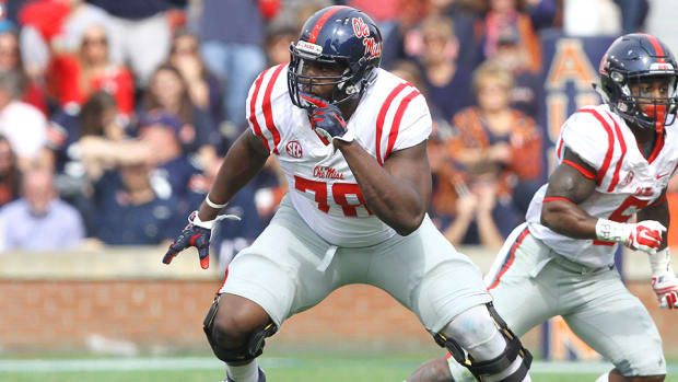 laremy-tunsil-ole-miss-2016-nfl-mock-draft.jpg