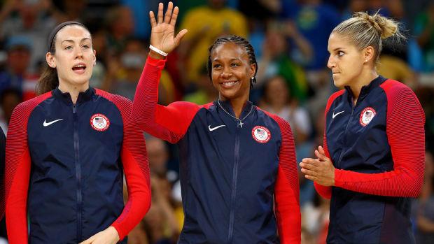 usa-basketball-women-1300.jpg